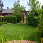 Summer Backyard Ideas that Will Enliven Your Family Time (40)