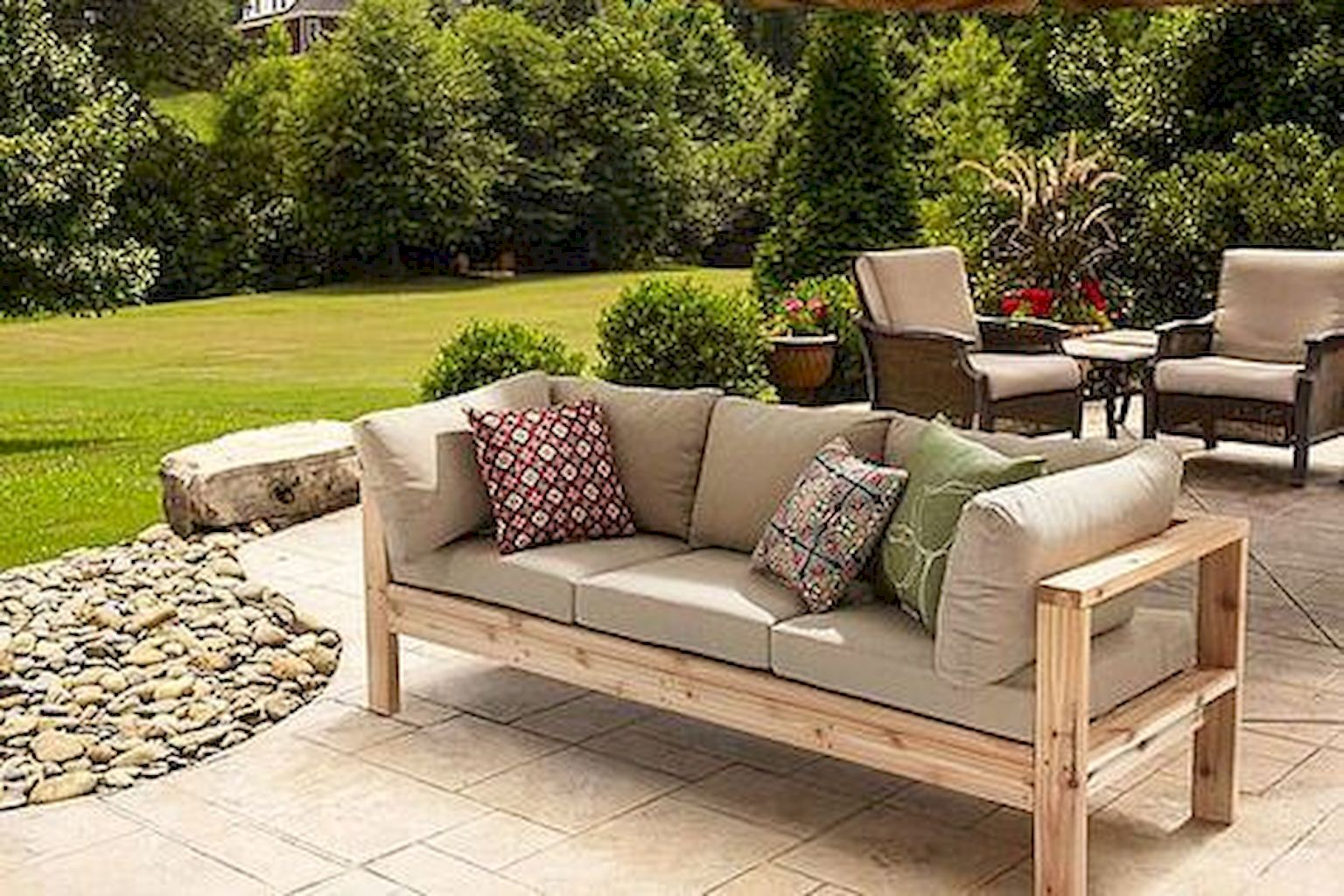 https://elonahome.com/wp-content/uploads/2018/07/Top-Summer-Furniture-for-Your-Outdoor-Space-3.jpg