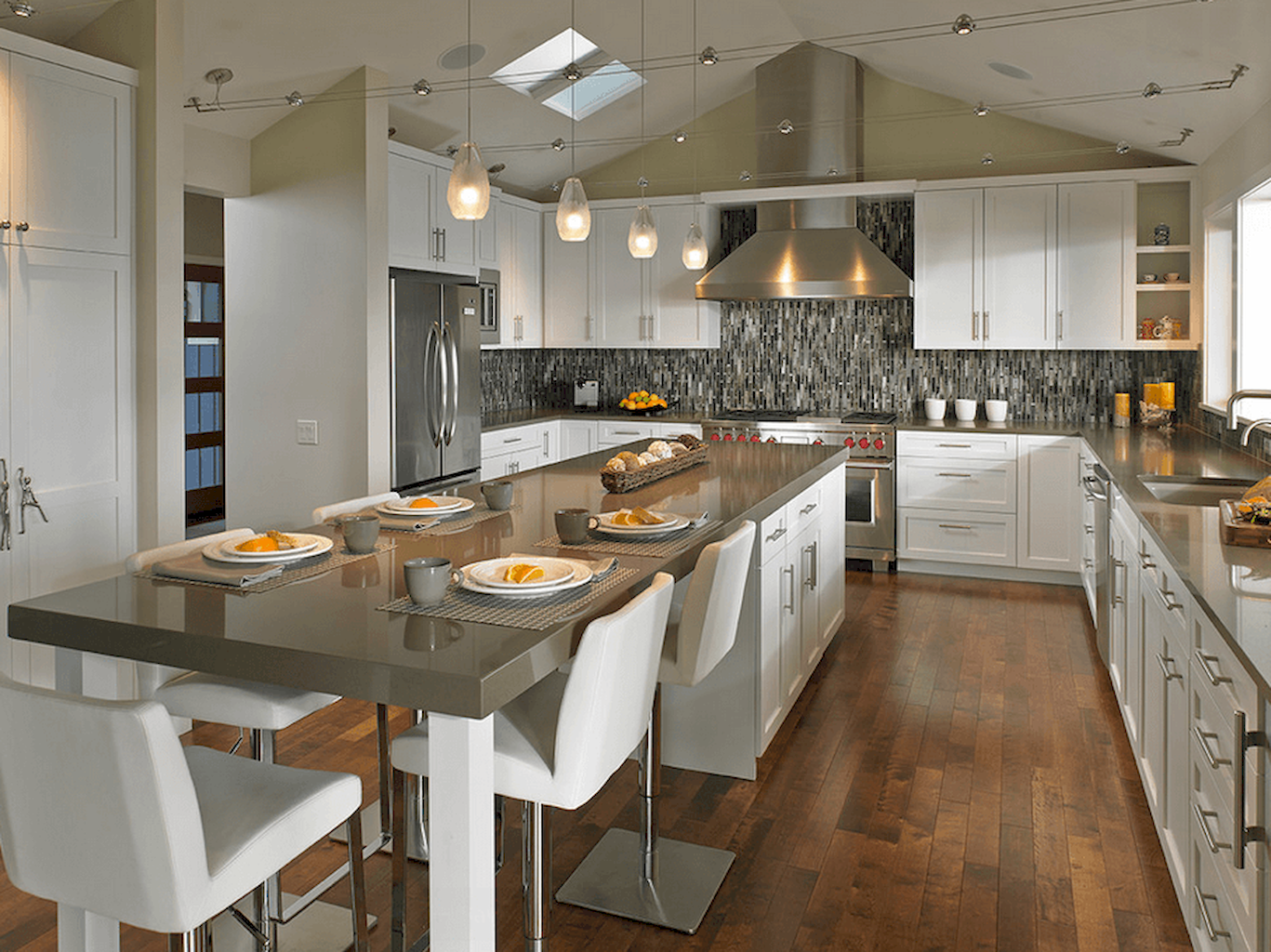 https://elonahome.com/wp-content/uploads/2018/09/Dual-purpose-kitchen-island-that-will-really-safe-your-space-and-extra-budget-as-well-16.png