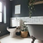 Easy Bathroom Makeover Inspirations with Cheap Decoration and Accessories Part 1