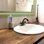 Easy Bathroom Makeover Inspirations with Cheap Decoration and Accessories Part 14