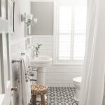 Easy Bathroom Makeover Inspirations with Cheap Decoration and Accessories Part 18