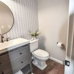 Easy Bathroom Makeover Inspirations with Cheap Decoration and Accessories Part 21