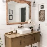 Easy Bathroom Makeover Inspirations with Cheap Decoration and Accessories Part 28