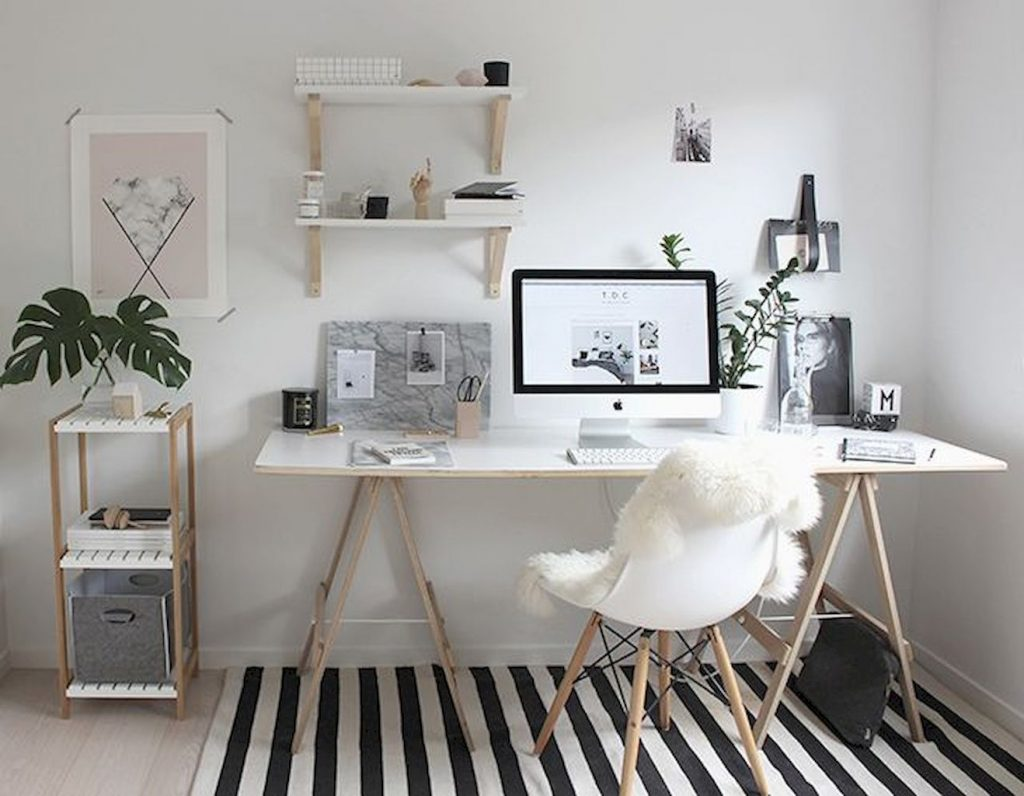 https://elonahome.com/wp-content/uploads/2018/10/Minimalist-Small-Home-Office-Ideas-with-White-Desk-Part-24-1024x796.jpg