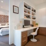 Minimalist Small Home Office Ideas with White Desk Part 27