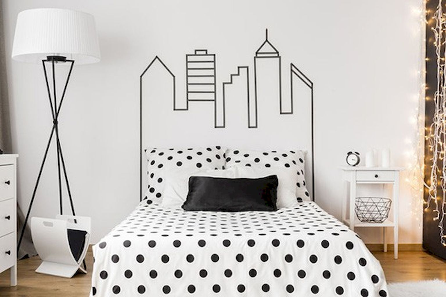 https://elonahome.com/wp-content/uploads/2018/10/Most-Wanted-White-Bedroom-Decorating-Ideas-in-Classy-Finish-Part-15.jpg