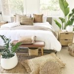 Master Bedroom On Budget Renovation Ideas with really Simple Decoration Part 30