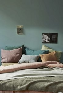 Modern Bedroom Concept With Strong Color Accents Part 43