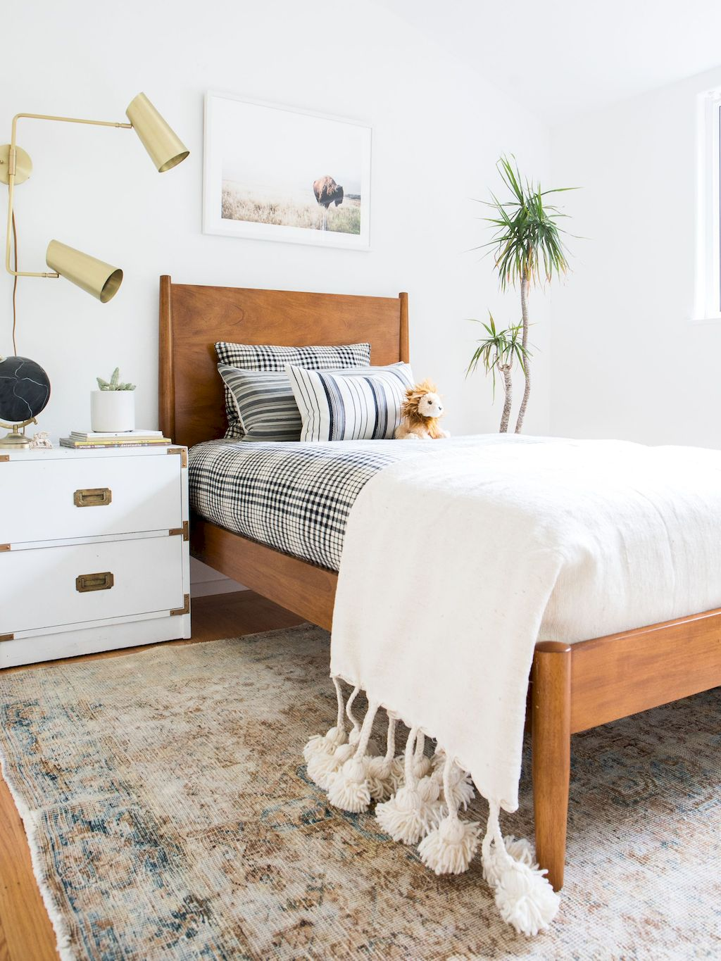 Simple Small Bedroom Ideas with Really Cozy Desorations Part 10