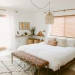 Warm Cozy Bedroom with Beautiful Rug Decoration Part 30