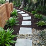 Exotic traditional style of graveled garden walkways that add more natural vibes in your garden designs Part 24