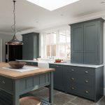 Natural Stone Floor Ideas that Looks Amazing in Traditional and Vintage Kitchen Styles Part 13