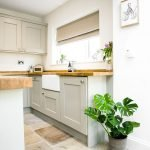 Natural Stone Floor Ideas that Looks Amazing in Traditional and Vintage Kitchen Styles Part 23