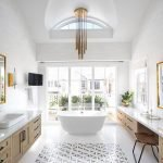 Small standing tubs powerful to make up small bathroom looks Part 11