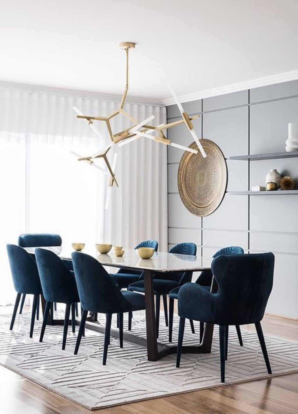 https://elonahome.com/wp-content/uploads/2019/01/Trending-dining-chair-designs-that-look-so-simple-but-also-elegant-and-comfortable-Part-25.jpg