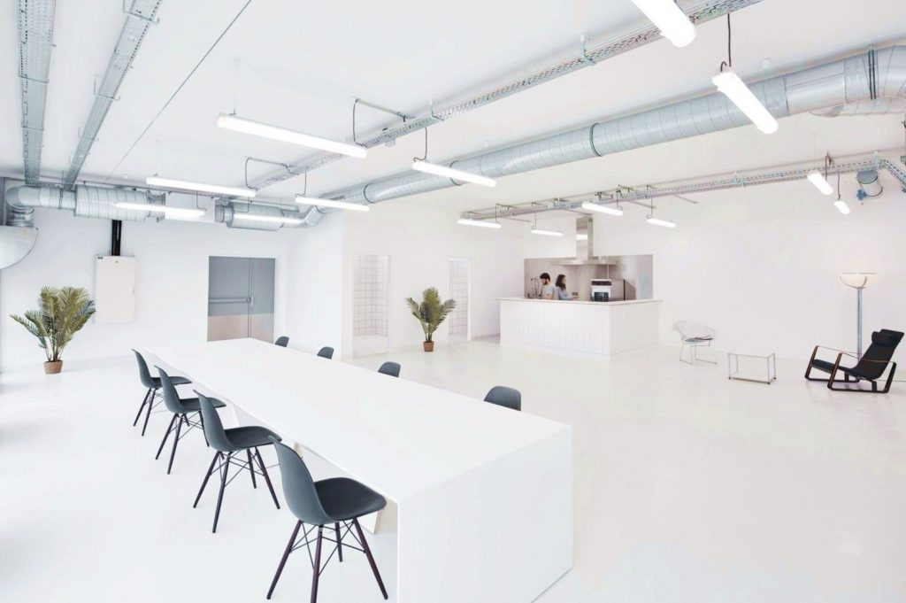 https://elonahome.com/wp-content/uploads/2020/06/Perfect-example-of-modern-office-style-giving-functional-youthful-look-for-Marine-Serre-workshop-1024x681.jpg