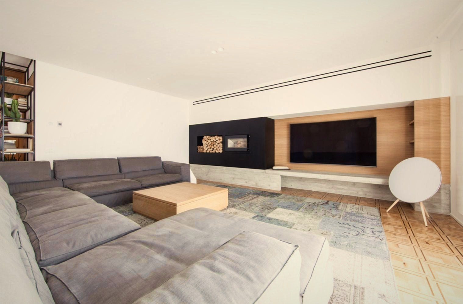 L shape sofa in greyish cover in modern living room House AB (3)