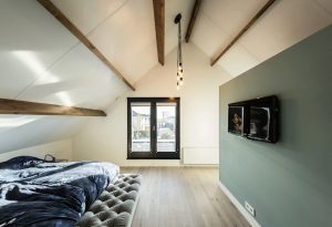 Modern barn house project designed with sleek character combining old and new architecture style Out Of The Box (6)