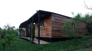 Wooden house design that embraces the nature surrounded by prosperous environment and fruit trees Casa Lo Cañas (4)