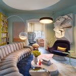 Fascinating home style with lots of mementos and inspirational pieces (11)