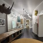 Fascinating home style with lots of mementos and inspirational pieces (6)